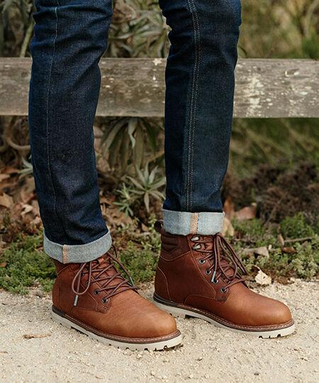 Men's Peanut Brown Waterproof Ashland Boots