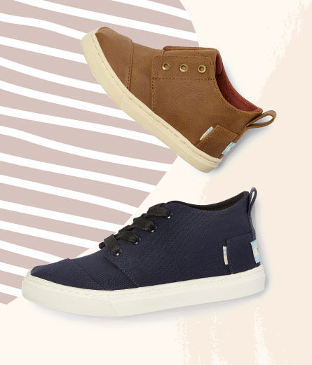 Shoes featured: Botas Sneakers in Youth & Tiny.