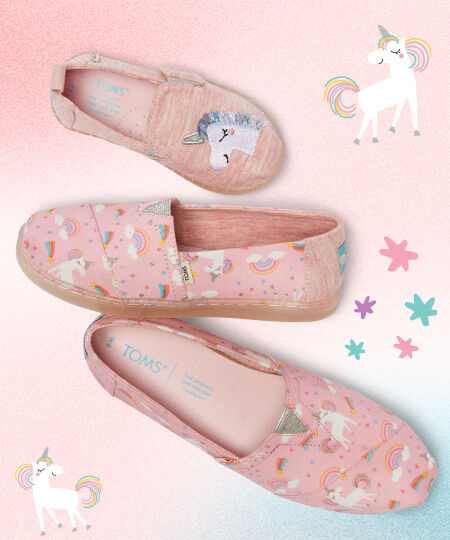 Unicorn Alpargatas for Tiny, Youth, and Women. Illustrations of unicorns and stars.
